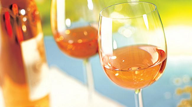 L'AOC Côtes de Provence confirme sa position de première appellation de vins rosés