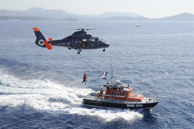 helicopteresdauphin1-3.jpg