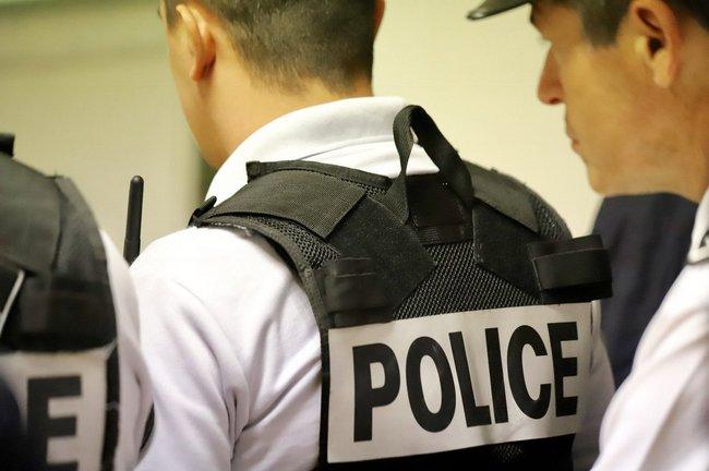 police20-16.jpg