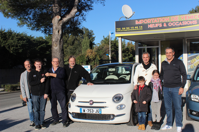 Photo remise de clefs Fiat 500