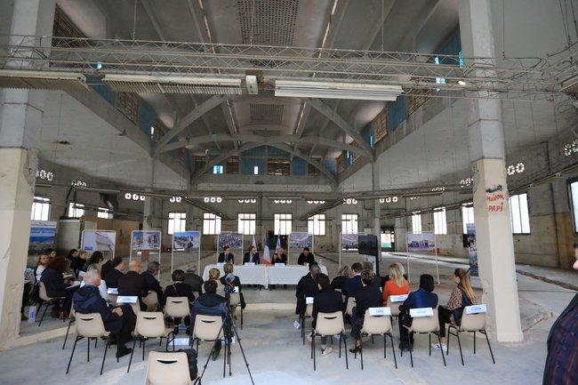 2019-05-15-Signature Permis de Construire Les Halles (c)Ville de Toulon 2