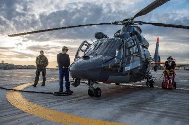 La base aéronautique navale d'Hyères recrute