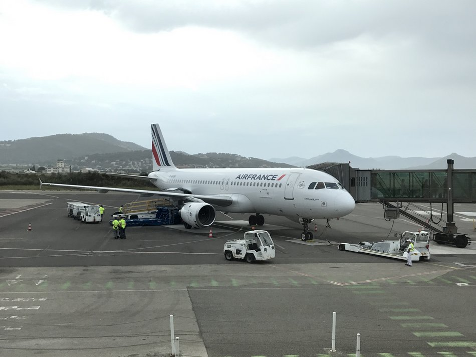 AEROPORT DE HYERES 8