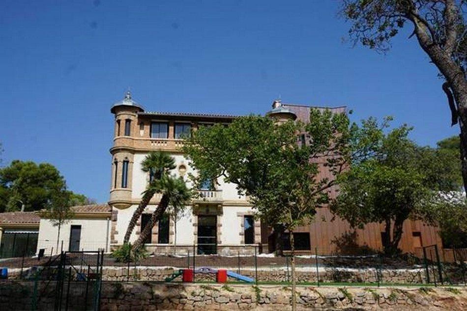 présentation de la nouvelle Maison Municipale de la Petite Enfance de Carqueiranne