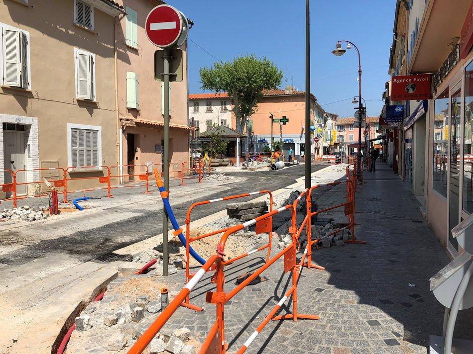 Travaux au centre-ville de la Crau 1