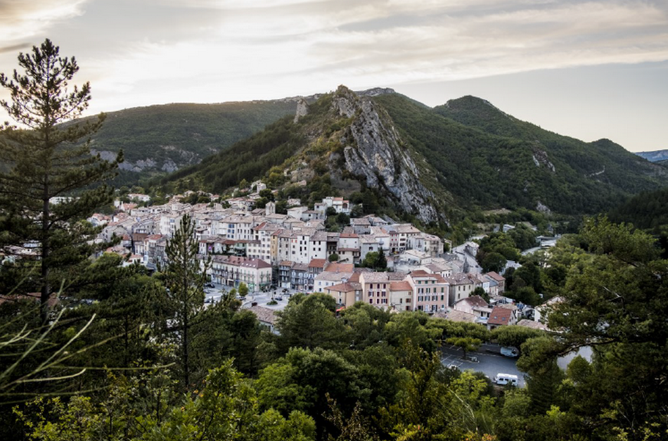 Lancement d'un appel aux dons pour une maison à Serres (Hautes-Alpes)