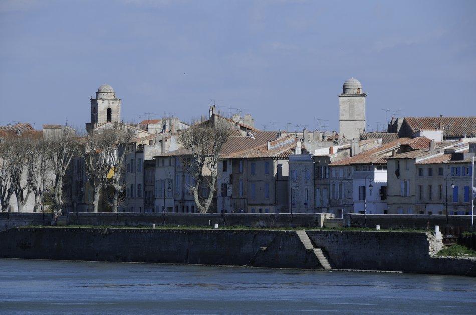 PACA Rhône Arles