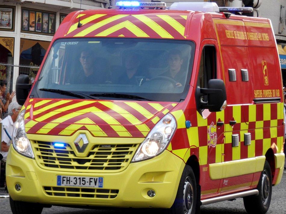 ambulance sapeur-pompier