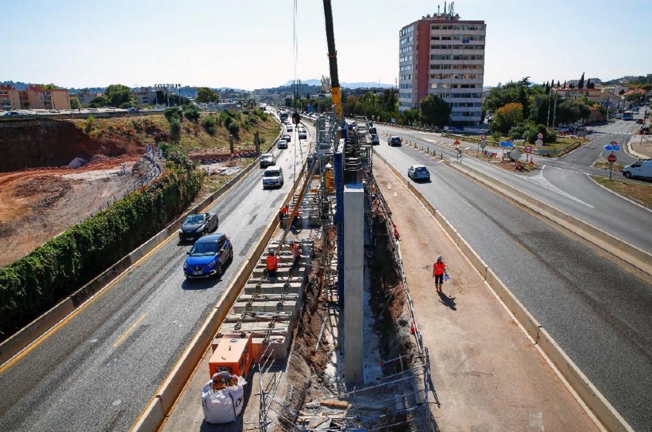 chantier d'élargissement de l'A57